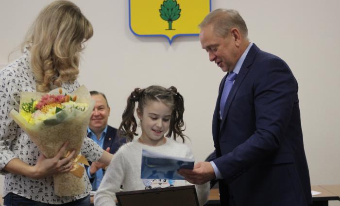 Чудо-девочка: 10-летняя школьница установила рекорд по подтягиваниям