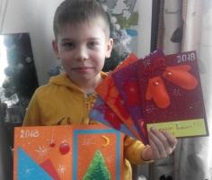 Школьник из Южно-Сахалинска продаёт самодельные открытки, чтобы помочь бездомным котам