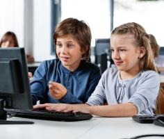 Специалисты выяснили, что дети чаще всего ищут в интернете