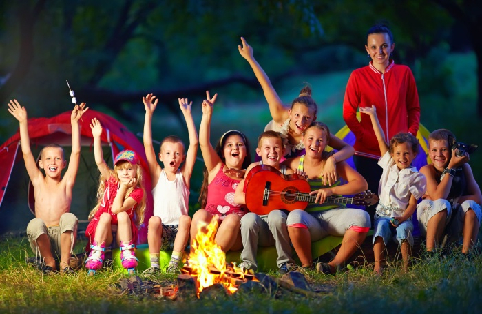 Родители рассказали, в какие летние лагеря отправят своих детей