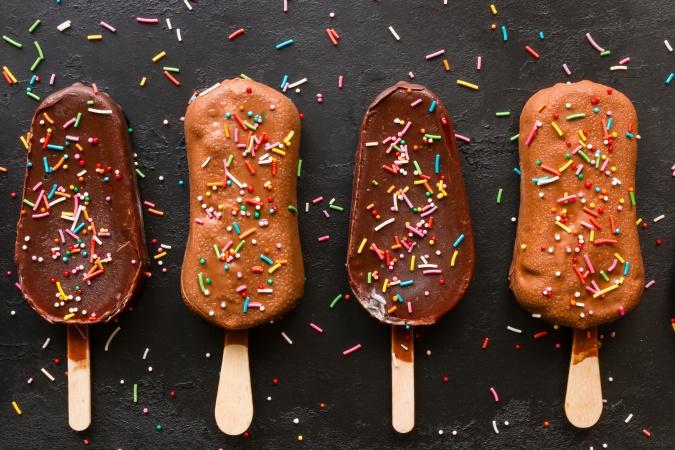 Какое эскимо выбрать, а к какому - даже не подходить? Эксперты выбрали лучшее мороженое