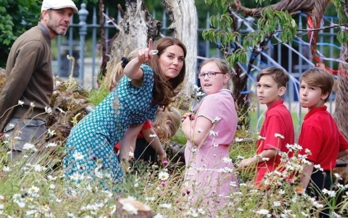 Кейт Мидлтон устроила в своём саду экскурсию для детей