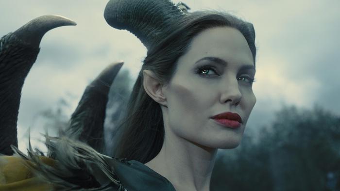 Disney показала, как превращает Джоли в Малефисенту