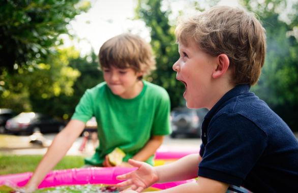 Как научить ребенка постоять за себя, если его обижают во дворе
