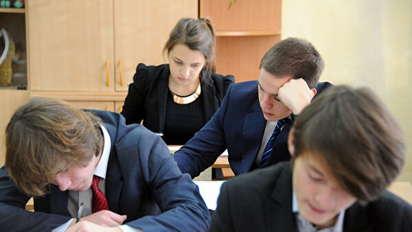В России начнут штрафовать родителей курящих детей