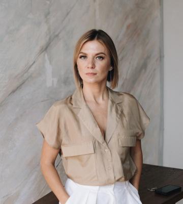 Анна Лозинина