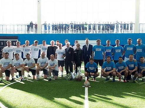 В «Газпром»-Академии поздравили Дмитрия Николаевича Бесова с юбилеем