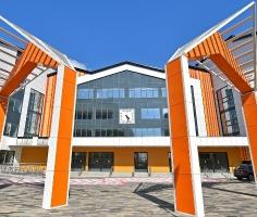В Москве построили самую большую школу в России