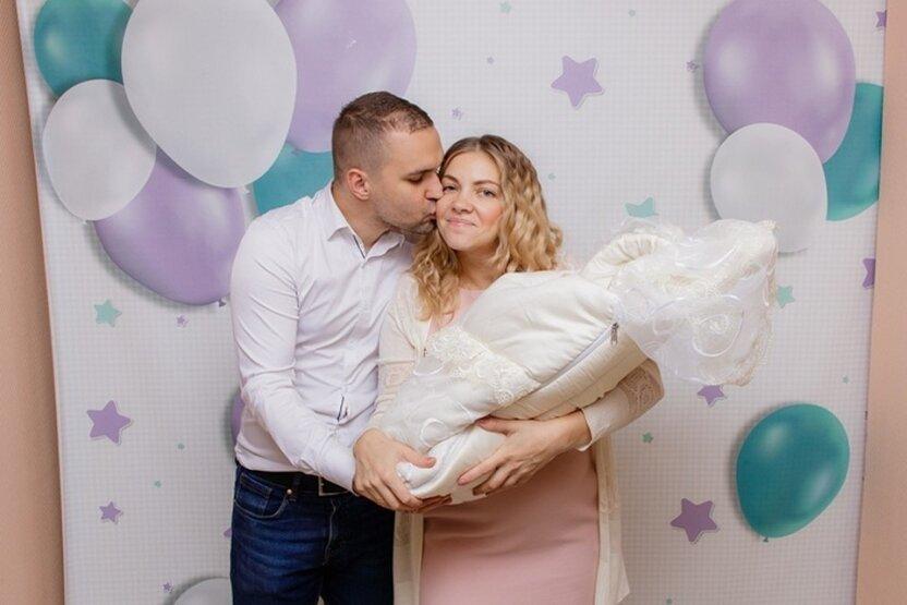 В Санкт-Петербурге новорожденную девочку назвали Россией Русских