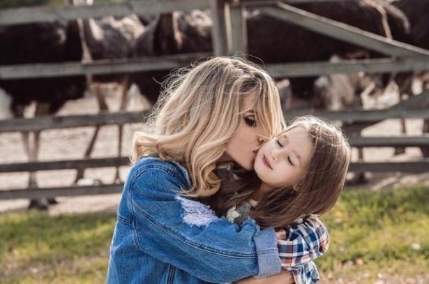 Светлана Лобода продемонстрировала фото с дочерью