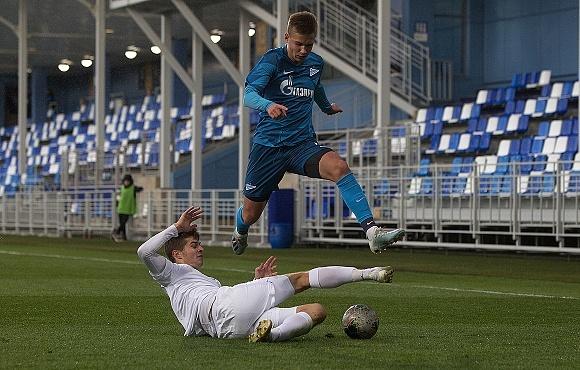 """""""Зенит"""" U-17 одержал победу над СШОР в матче ЮФЛ"""