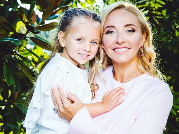 Сын Плющенко и дочь Навки победили в соревнованиях по фигурному катанию