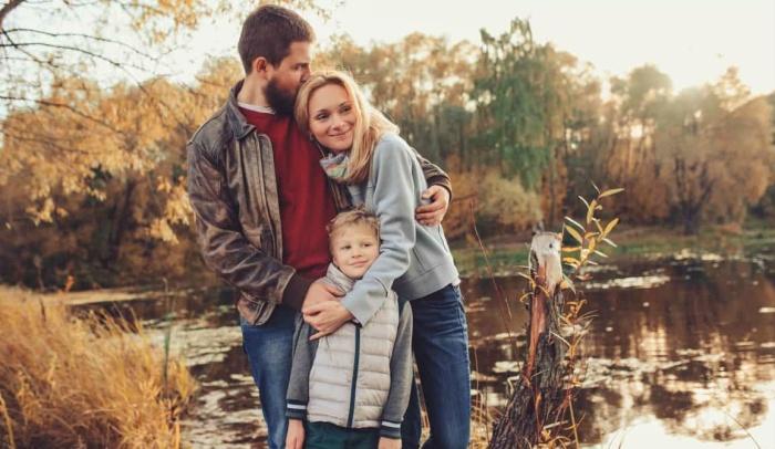 Большинство россиян счастливы благодаря наличию детей