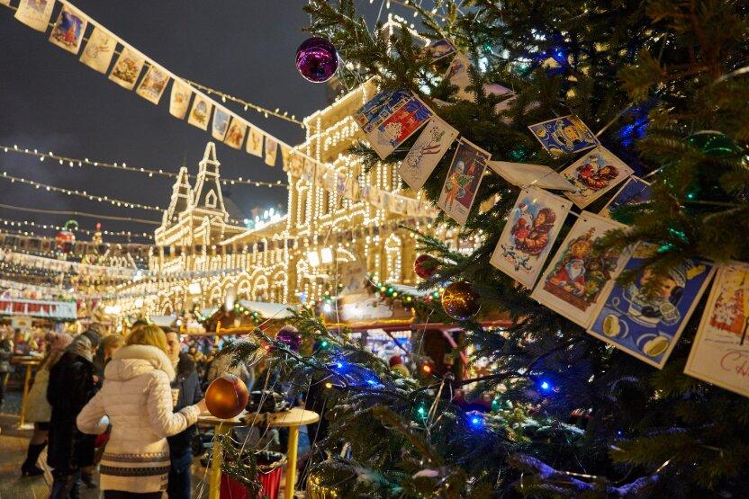 Какие елки украсят столицу к Новому году