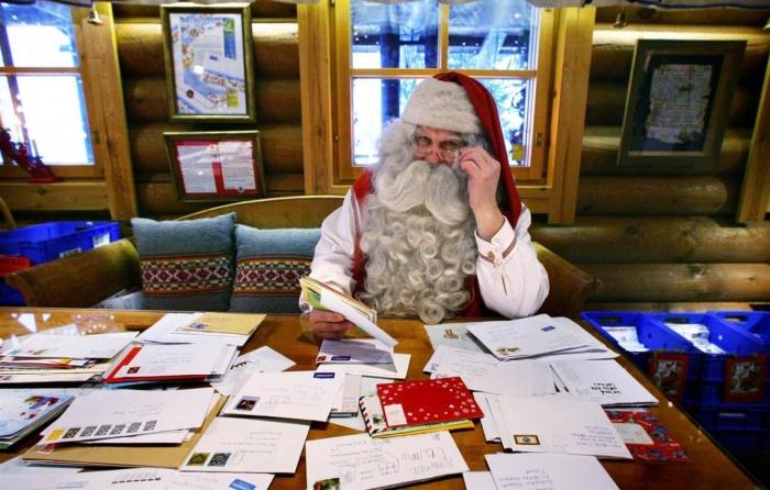 Что россияне просят у Деда Мороза