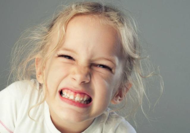 Типичные ошибки, которые допускают родители в уходе за детскими зубами