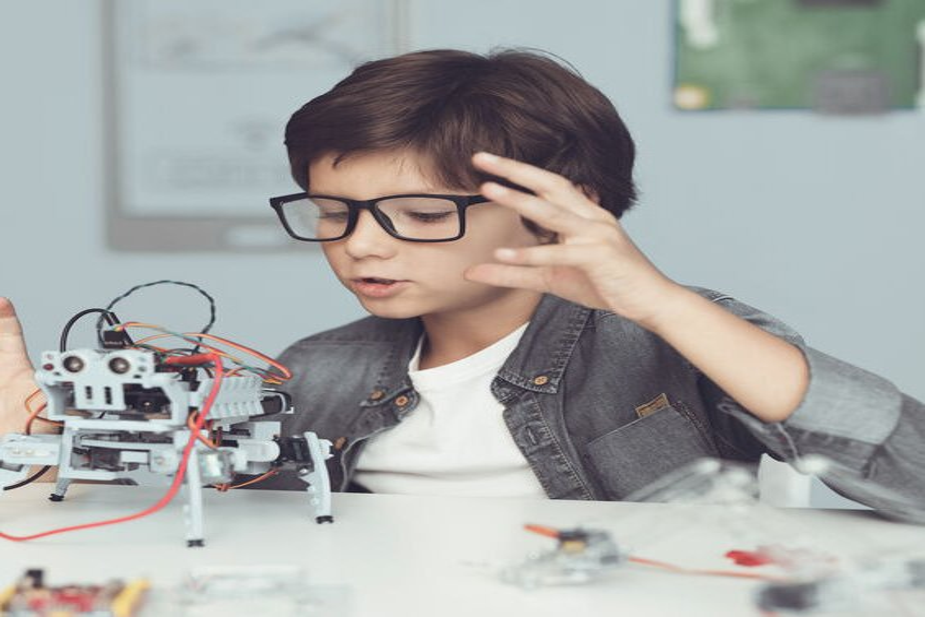 Он-лайн марафон для любителей робототехники. Сидим дома, не грустим. Робота мастерим