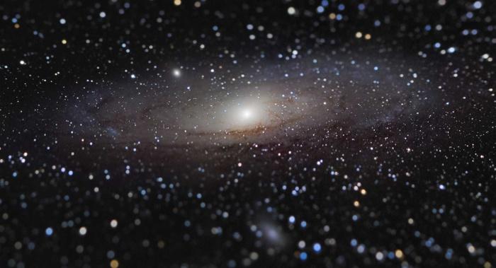 Выбраны лучшие фотографии космоса. Это далекие галактики, звездное небо и необычные атмосферные явления