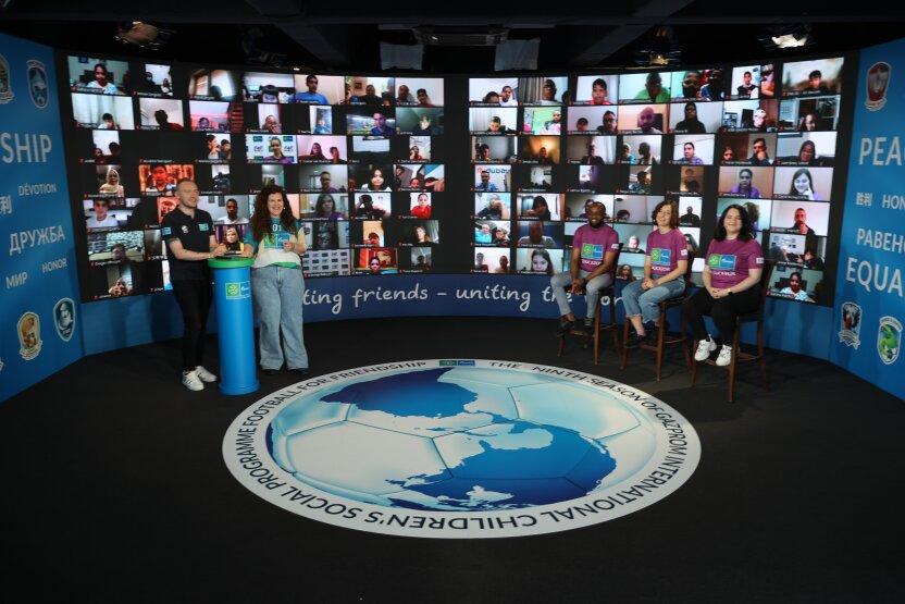 Международный лагерь Дружбы «Футбола для дружбы» объединил детей из более 200 стран мира