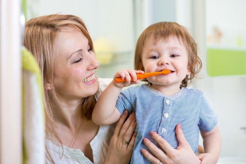 Что делать, если ребенок проглотил зубную пасту