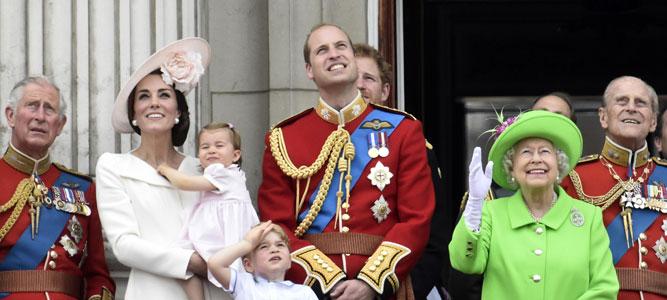 Елизавета II в третий раз станет прабабушкой